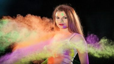 Holi 2019: Tips to Protect Your Hair and Skin From Holi Colours This Festive Season