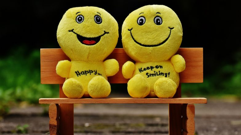 Happiness Quotes, Funny GIFs, Memes & WhatsApp Sticker Messages to Send on International Day of Happiness 2019