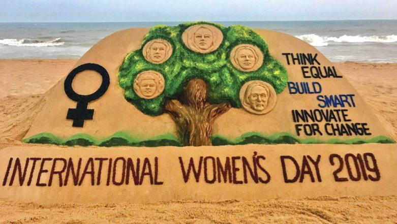 International Women's Day 2019: Sudarsan Pattnaik Creates Sand Art at Odisha's Puri Beach Honouring Women (See Pictures)