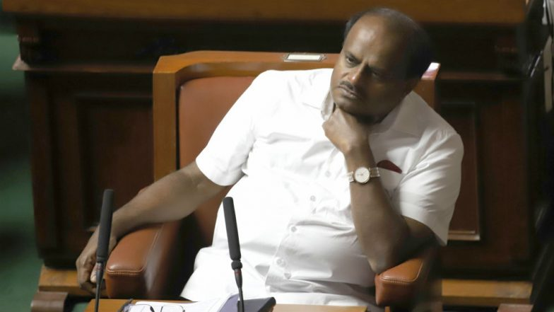 HD Kumaraswamy's Karnataka Govt to Fall? 11 MLAs of Congress-JD(S) Camp Submit Resignation to Speaker