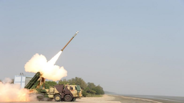 Pinaka Extended Range Rockets: India Successfully Carried Out 3rd Trial of Guided Missile System in Pokhran Today; Watch Video