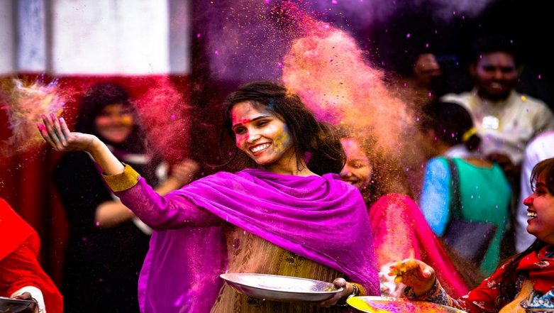 Holi 2019: How to Protect Your Skin from Gulal and Harmful Holi Colours