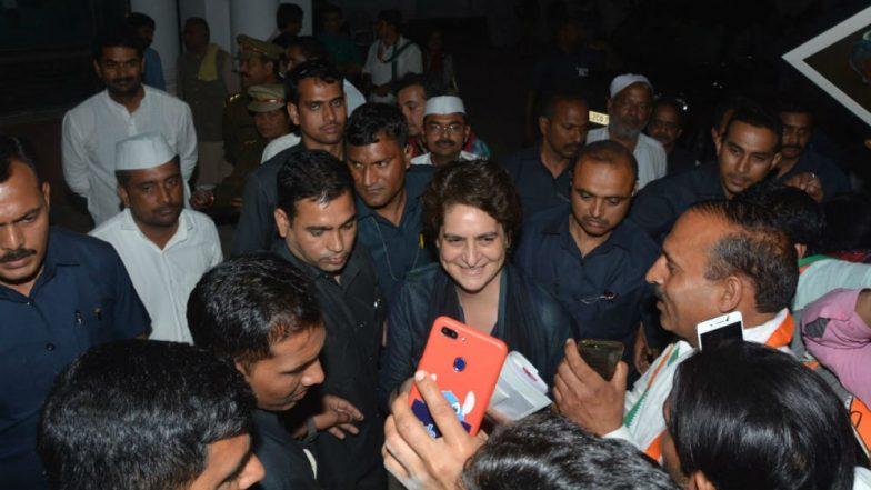 Priyanka Gandhi Vadra Drops Holi 2019 Celebration Plan, to Meet Kin of Pulwama Martyrs