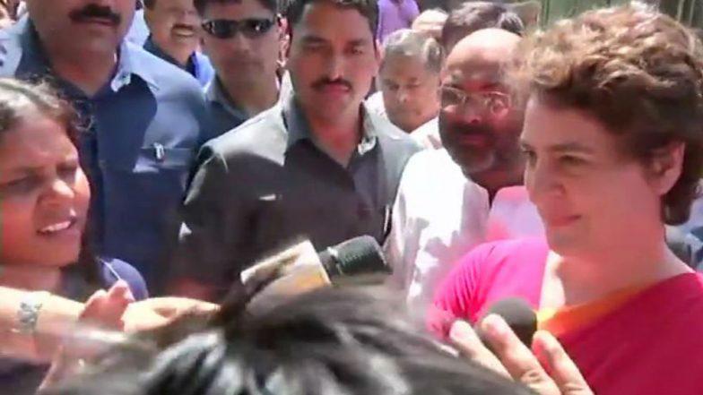 Priyanka Gandhi Vadra Garlands Lal Bahadur Shastri's Statue, BJP 'Purifies' It With Gangajal