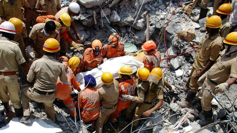 Dharwad Building Collapse: Death Toll Mounts to 14, Rescue Operations Enter Fourth Day, BJP Demands Arrest of Congress Leader