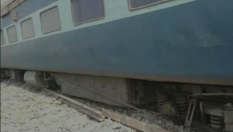 Tapti-Ganga Express Derails Near Chapra, Four Injured, Train Services Affected