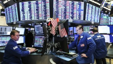 US Stocks Close Higher Amid Upbeat Corporate Earnings, Mixed Data