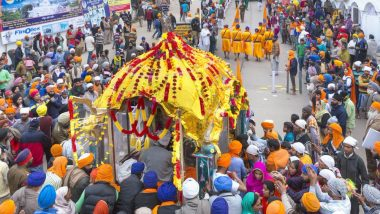 Hola Mohalla 2020 Date, Schedule & Significance: Know More About the Festival Celebrated From Holi By The Sikhs