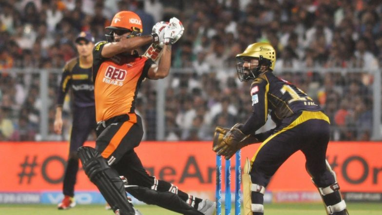 Russell's 19-ball 49 takes Knight Riders home