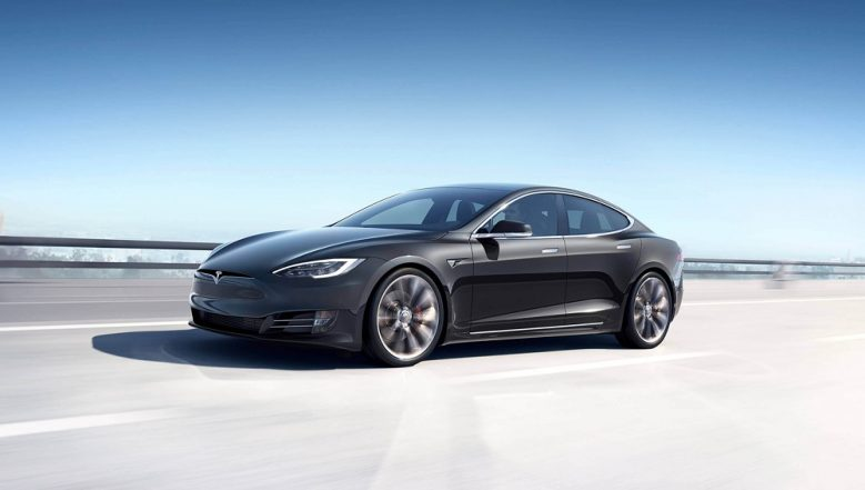 Tesla Model 3 Sedan With 220 Miles Range Launched at $35,000; Will Be Sold Online Only