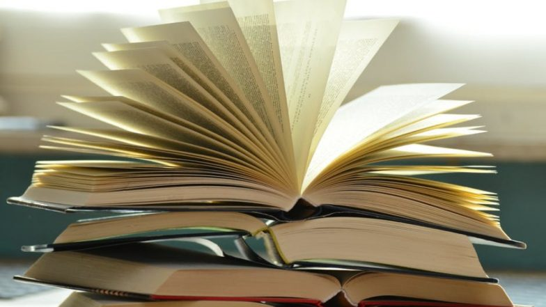 Avid Reader Gets 1,000 Books Worth Rs 1 Lakh as Wedding Gift From In-Laws After He Refuses Dowry