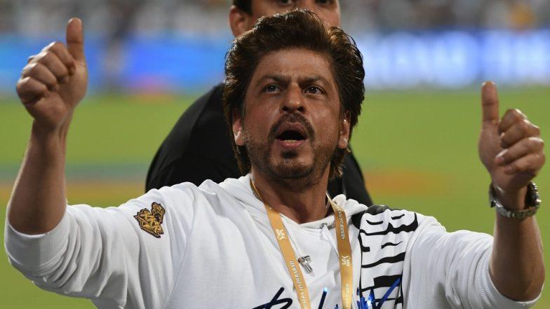 Shah Rukh Khan Invites Arsenal Footballer Mesut Özil to India