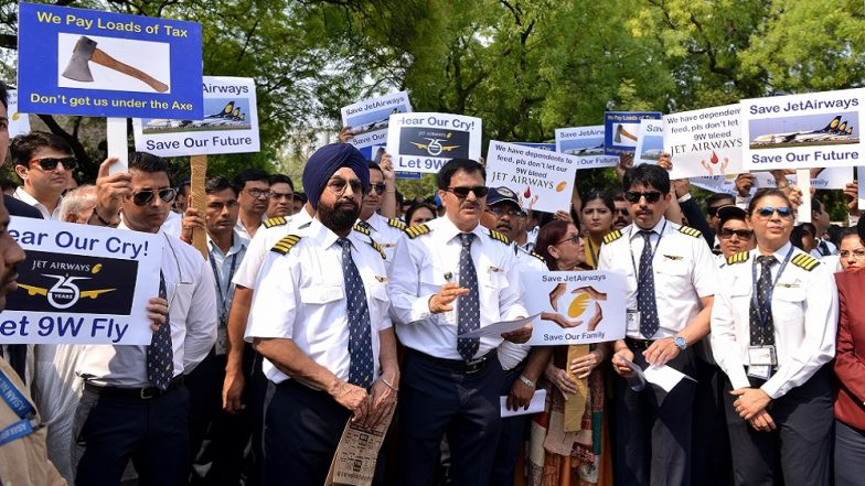 Jet Airways Pilot Shoots Tough Questions at Management for Keeping 22,000 Employees in the Dark
