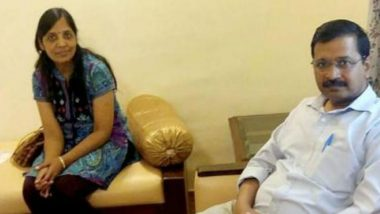 Arvind Kejriwal's Wife Sunita Has Two Voter IDs, Alleges BJP Leader Harish Khurana, Files Complaint
