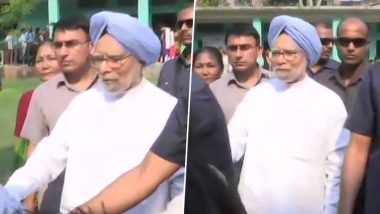 Ex-PM Manmohan Singh Casts Vote in Assam's Dispur in Lok Sabha Elections 2019 Phase 3