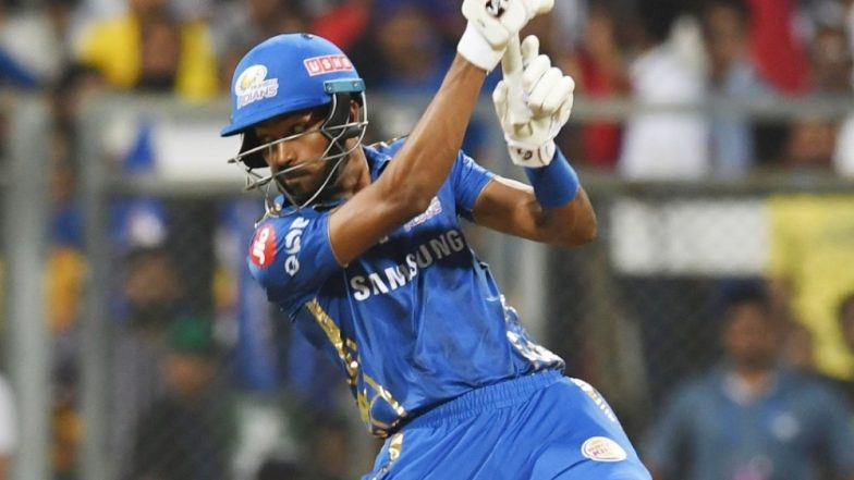 Hardik Pandya Offers A Bar of Chocolate to SRH Player During MI vs SRH, IPL 2019 Tie (Watch Video)