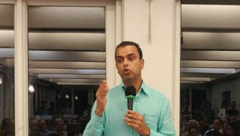 Maharashtra: EC Files Complaint Against Milind Deora for Violating Model Code of Conduct