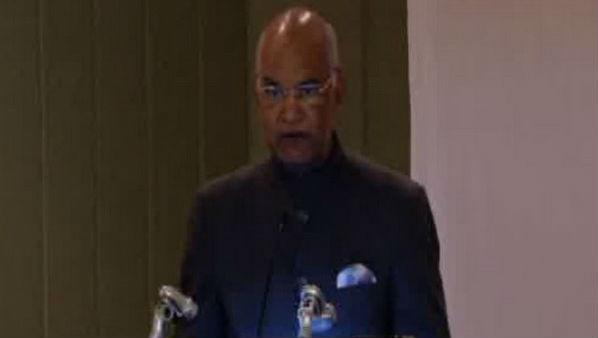 President Ram Nath Kovind Pays Floral Tribute to Mahatma Gandhi in Chile
