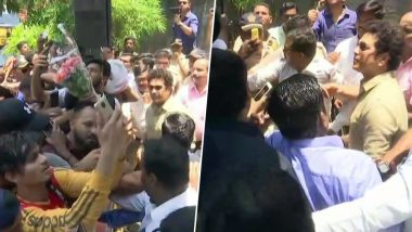 Sachin Tendulkar, on Occasion of His 46th Birthday, Meets Fans Outside His Residence in Mumbai