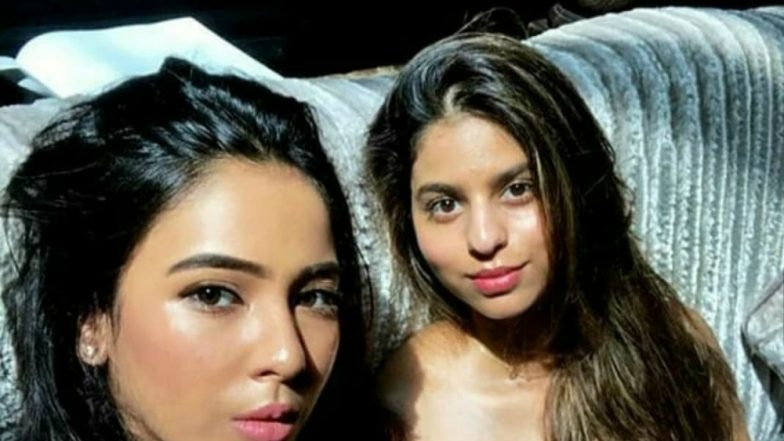 Suhana Khan's Dewy Look With Highlighter and Tinted Lip Colour Is Giving Us Major Makeup Goals in this Viral Pic