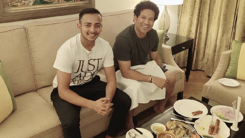 Delhi Capitals' Prithvi Shaw Meets 'Sir' Sachin Tendulkar Over Dinner and The Young Lad Cannot Contain His Excitement! View Pic