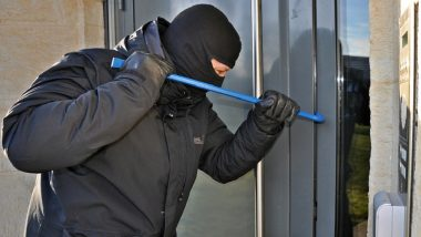 UK Burglar Sentenced 16-Month Jail for Stealing Handcuffs, Car Keys From Police Station; Judge Calls Case 'Unusual'