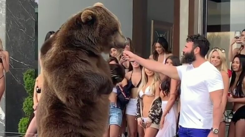 Dan Bilzerian's Viral Video of Feeding a Grizzly Bear at House Party Goes Viral Says He 'Loves Animals' After PETA's Complain