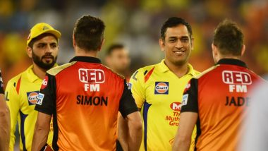 MS Dhoni Chills with David Warner & Co Post SRH vs CSK IPL 2019 Match