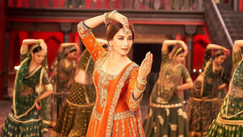 Image result for Madhuri Dixit Mesmerized Everyone With Her Magical Performance In Kalank