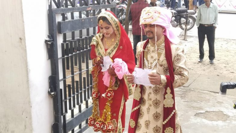 Lok Sabha Elections 2019: Just Married Couple Head to Udhampur Polling Station Straight From Wedding Ceremony to Cast Their Vote in Jammu and Kashmir (View Pic)