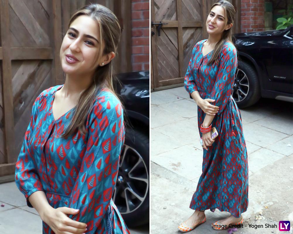Sara Ali Khan spotted outside Juhu today.