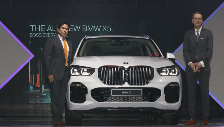 'God of Cricket' Sachin Tendulkar Launches 2019 BMW X5 Luxury SUV; India Price Starts From Rs 72.90 Lakh