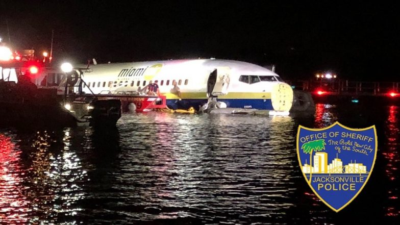 Boeing 737 Crashing Into St Johns River With 136 Passengers on Board Reminiscent of 2009 Hudson River Incident