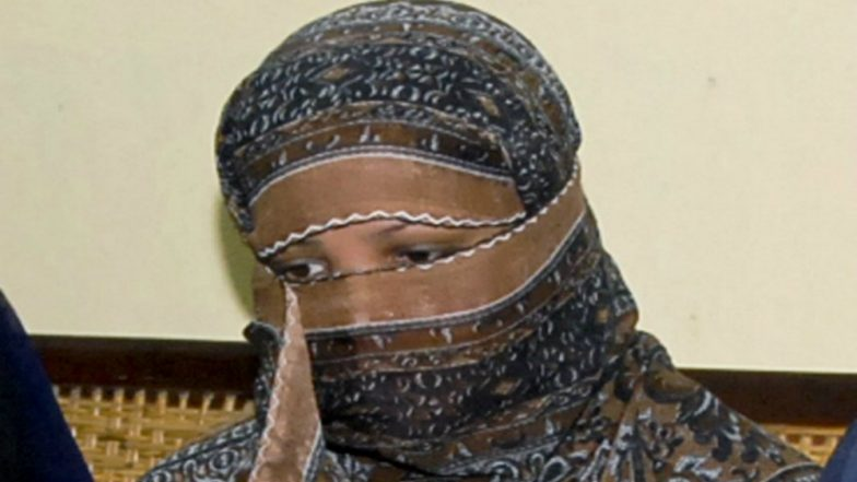 Aasia Bibi Leaves Pakistan After Acquitted in Blasphemy Case, Reunites with Family in Canada: Lawyer