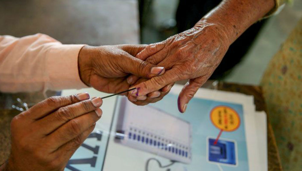 Maharashtra, Haryana Set For High-Stake Assembly Elections 2019 Today; Over 10 Crore Voters to Decide on Next Govt