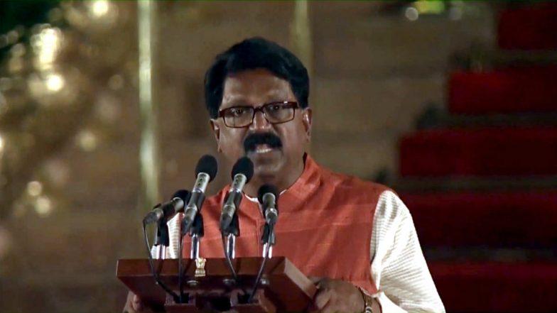Shiv Sena's Arvind Sawant Resigns as Union Minister From Modi Government Amid Probable NDA Split in Maharashtra