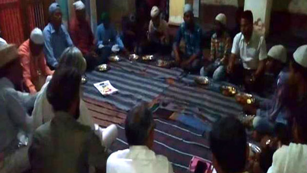Ramzan 2019: Ayodhya's Shri Sita Ram Temple Hosts Iftar, Sets Example of Communal Harmony