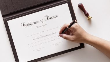 Thane Woman Fakes Her UAE-Based Husband's Sign to Get Divorce; Marries Her Old Boyfriend