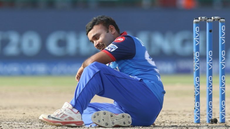 Delhi Capitals' Amit Mishra Abuses Trent Boult After He Drops Catch on His Fourth Hat-Trick in IPL 2019