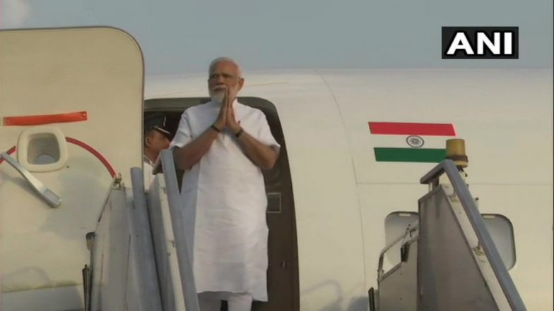 Narendra Modi Arrives in Ahmedabad, to Be Felicitated at BJP Office