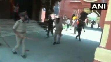 Police Resort to Lathicharge to Disperse Protesting ABVP Members in Bihar's Darbhanga; Watch Video