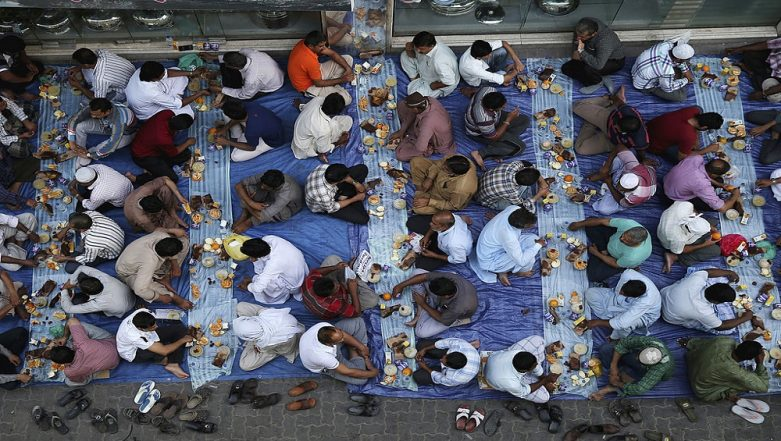 Dubai: Indian Christian Serves Iftar to Nearly 800 Muslim Workers During Ramzan