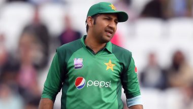 Sarfaraz Ahmed Caught Yawning During IND vs PAK ICC CWC 2019 Match: Pakistan Captain Trolled on Social Media, View Funny Tweets and Pics