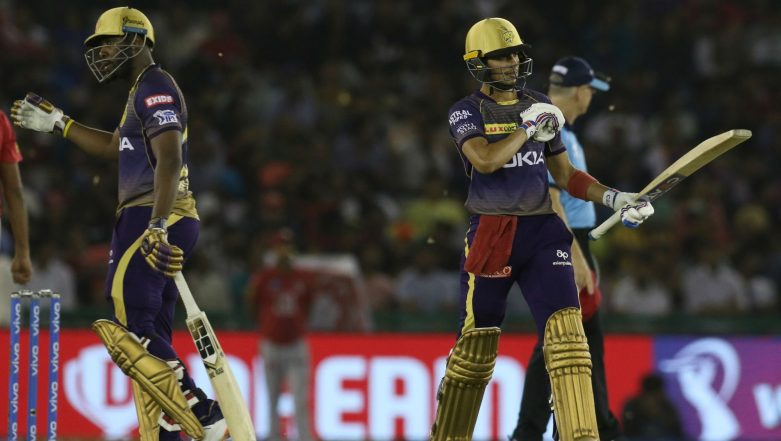 Shubman Gill's Father Breaks into Bhangra as Son Scores Half-Century Against KXIP; Shah Rukh Khan Congratulates the Proud Father (Watch Video)