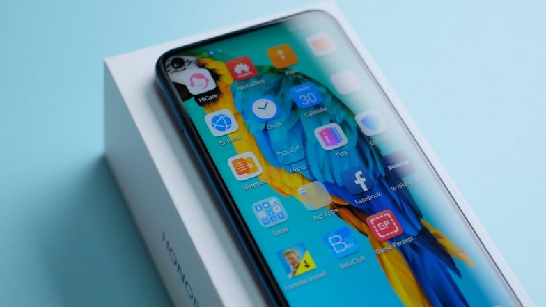 Honor 20 Pro Smartphone To Come With Punch Hole Display & Quad Rear Camera; To Be Launched on May 21 in London