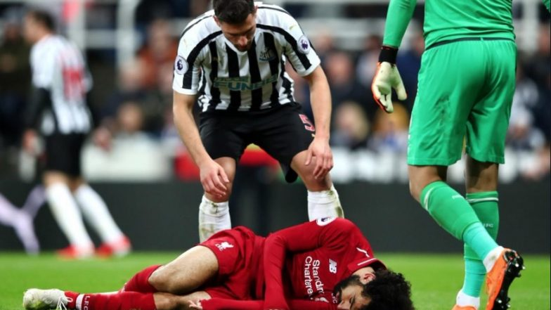 Mohamed Salah Suffers Head Injury During Liverpool vs Newcastle Champions League Clash, Striker Stretchered off From The Ground (Watch Video)