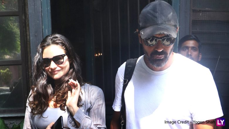 Arjun Rampal and His Pregnant Girlfriend Gabriella Demetriades Spotted in Cool-and-Casual Avatars for Their Lunch Date – View Pics