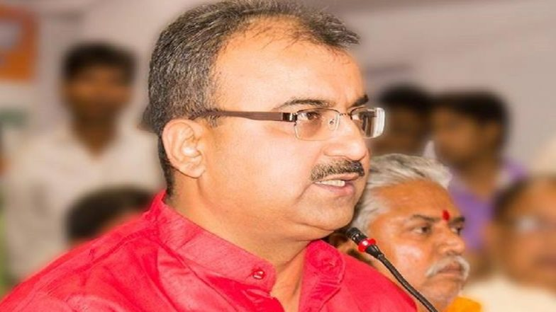 Mangal Pandey More Concerned About India vs Pak ICC CWC 2019 Score than Encephalitis Patients? Bihar Health Minister Asks for 'Number of Wickets Fallen' During Press Meet on AES Deaths