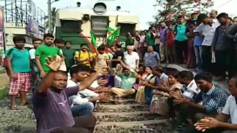 Basirhat Bandh Today: BJP Workers Stage Protest on Railway Tracks; Law And Order Under Control, Says West Bengal Govt