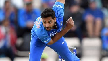 Bhuvneshwar Kumar Takes a Brilliant Return Catch of His Own Bowling to Dismiss RostonChase During India vs West Indies 2nd ODI, Watch Video